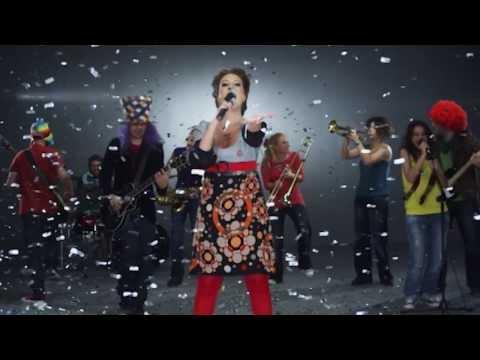 Ceynur - Arabada Dinle (Official Video)