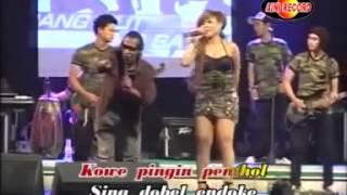 download lagu Goyang Liar Biduan Tanpa Sensor Dangdut Koplo gratis