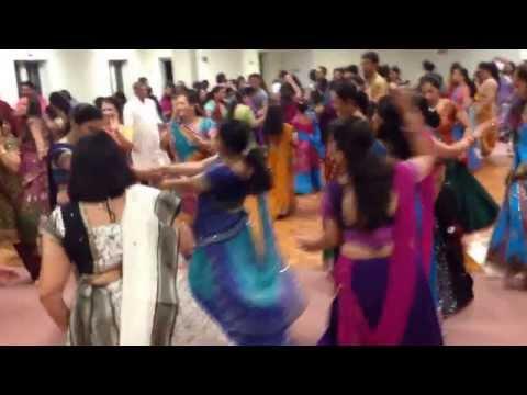 Navratri Gujarati Garba Dancing Shiva Vishnu Temple  Cleveland...