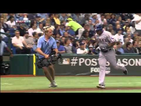 La caída de un camarógrafo de TBS filmando a Adrián Beltré tras dar un home run