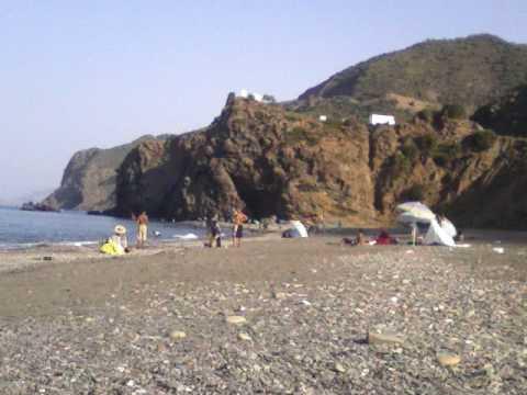 oued laou 2009 : la playa de targha con mis amigos