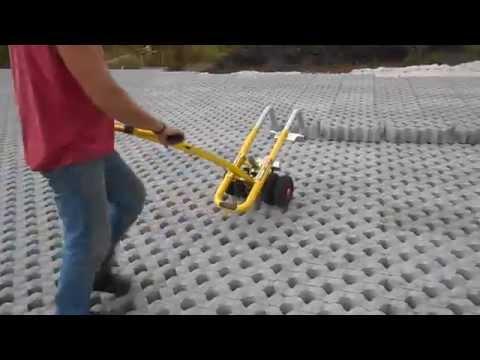 Grastegels leggen met Tromp EasyLift, de tegeltiller, in Langelo
