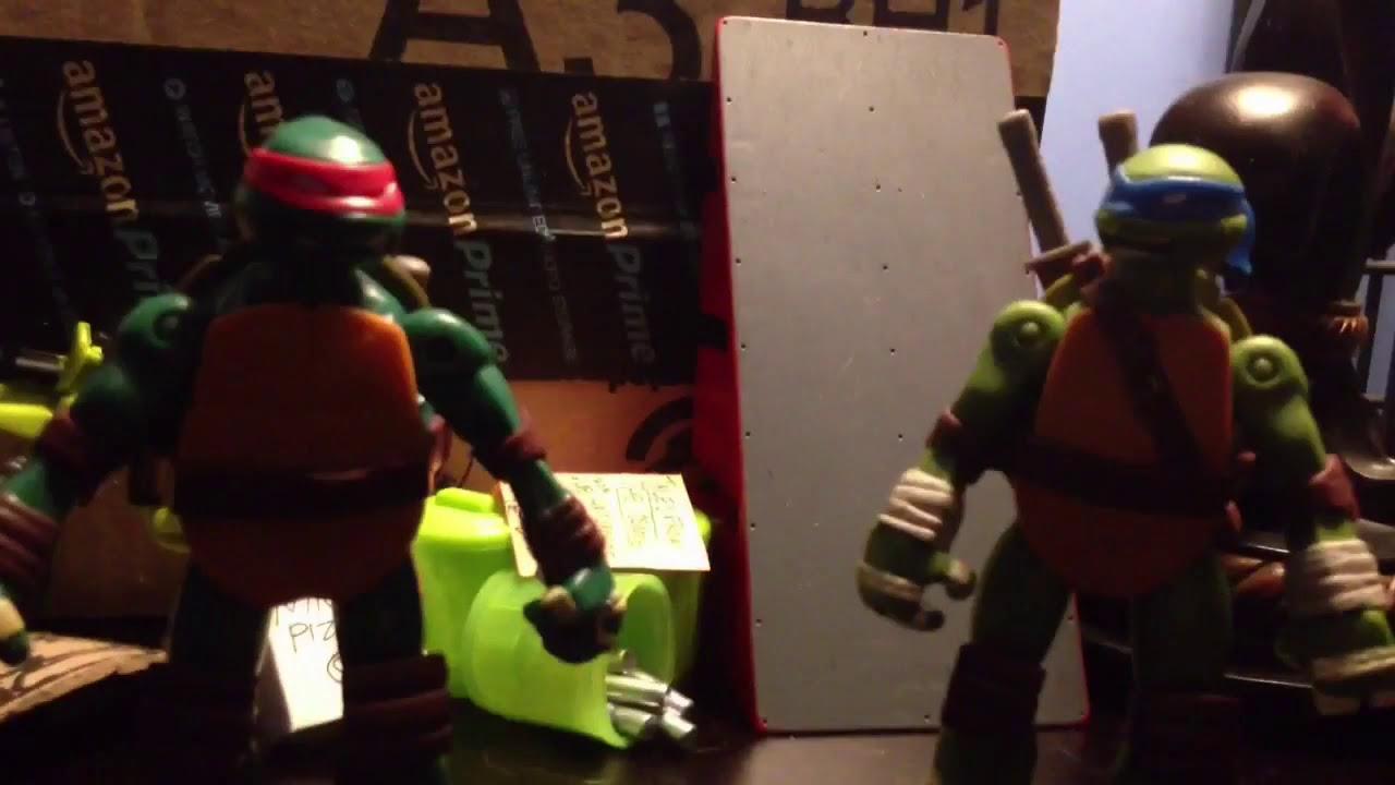 TMNT Leonardo vs  Raphael Part Teenage Mutant Ninja Turtles 2014 Toys Raphael