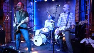 "BUBBLEGUM ""Alex Chilton"" Live @ El Intruso 22112013"