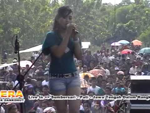 Gelandangan  Lusi Susanti - SERA - live Kayen Pati