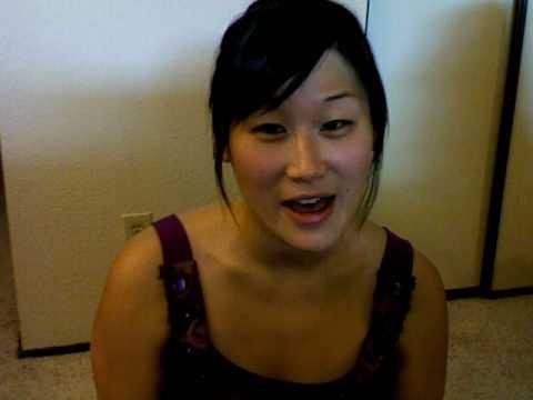 Chinese girl sings Pakistan National Anthem (Qaumi Tarana, قومی ترانہ)