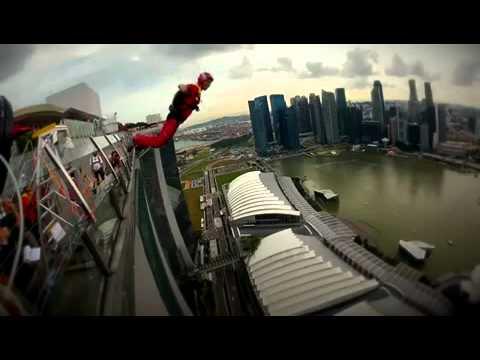 นักโดดมืออาชีพ7คน กระโดดตึกสูงครั้งใหญ่ที่สุดในโลก