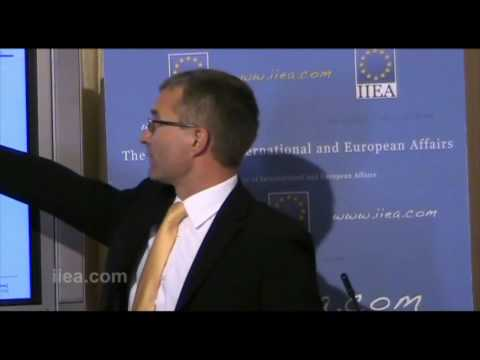 Dietmar Hornung - Europe's Sovereign Debt Crisis