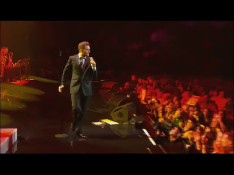 Michael Bublé - crazy Little Thing Called Love  Live At Madison Square Garden video