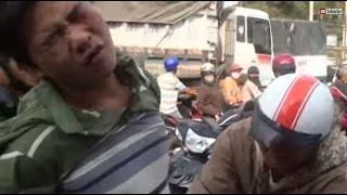 """Hiệp sĩ Bình Dương bắt cướp như phim (Vietnamese """"street Knights"""" catching robbers)"""
