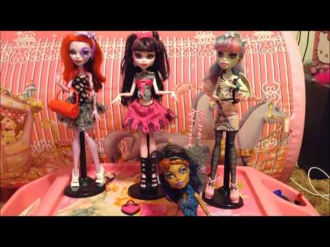 Monster High Dolls Review