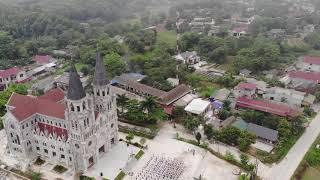 Toàn Cảnh Nhà Thờ Giáo Xứ Mông Sơn