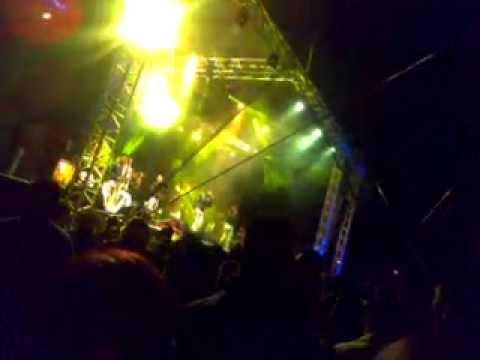 Los Reales En Ixtapaluca 2014 -Y Me besa ,Se va muriendo mi alma