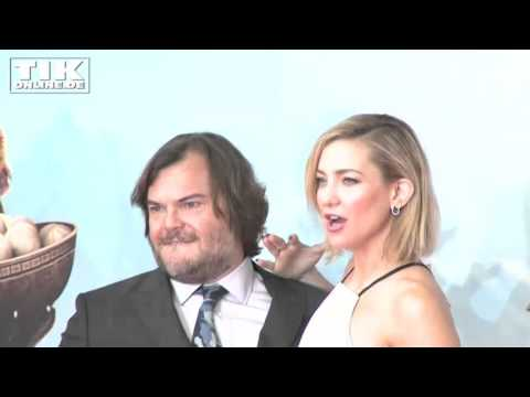Hot-Hot-Hot! Kate Hudson and Jack Black posing very sexy in Berlin! thumbnail