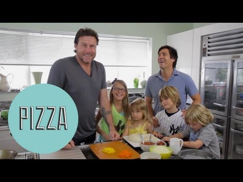 How To Make Pizza with Dean McDermott - ModernMom's Dad Space