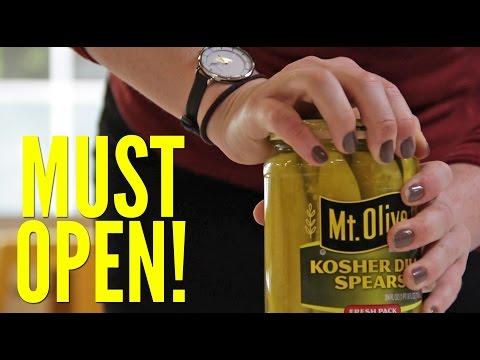 فيديو: حيل سهلة لفتح هذه الأغراض