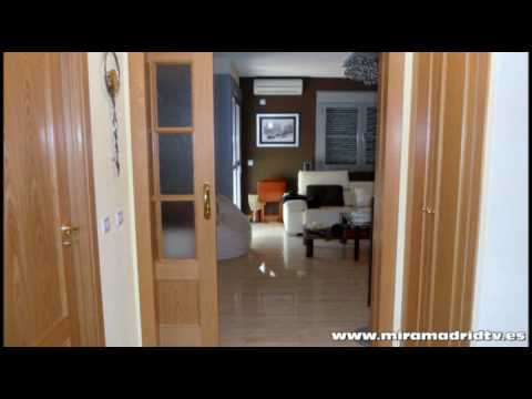 Miramadridtv puerta corredera salon m 4 youtube for Puertas correderas salon