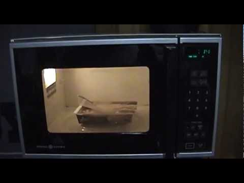 Ge Electric Oven >> General Electric Microwave Oven (model # J E66 002) - YouTube