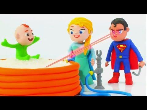 SUPERMAN USES HIS POWER TO HELP FROZEN ELSA ❤ Hulk & Frozen Play Doh Cartoons For Kids