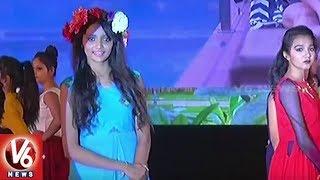 Udyog 2018 Fashion Show In Surat | Models Ramp Walk In New Designer Wear
