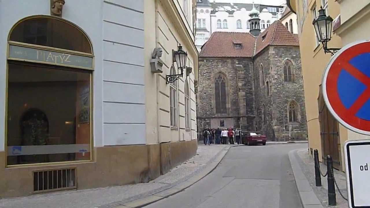 Gay sauna babylonia prague youtube for Prague bathhouse
