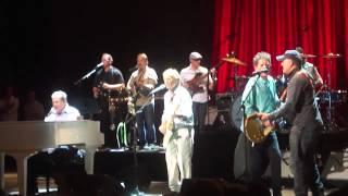 Bruce Springsteen / Brian Wilson Band - Barbara Ann / Surfin' USA