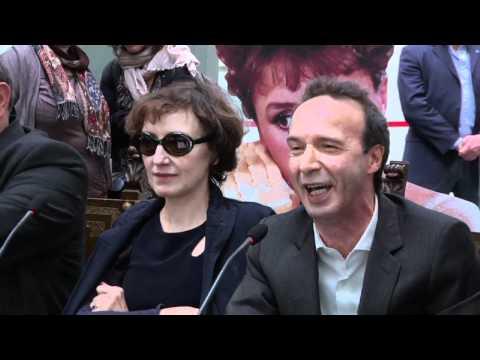 Il favoloso mondo di Benigni (L'Espresso, 5 maggio 2011)