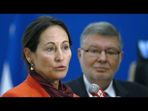Ségolène Royal annonce la suspension
