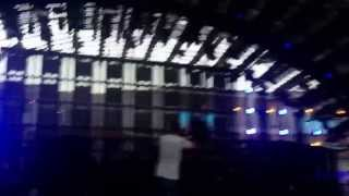Tommy Trash- show us what you got when the mother fucking beat drops at Departures Ushuaia