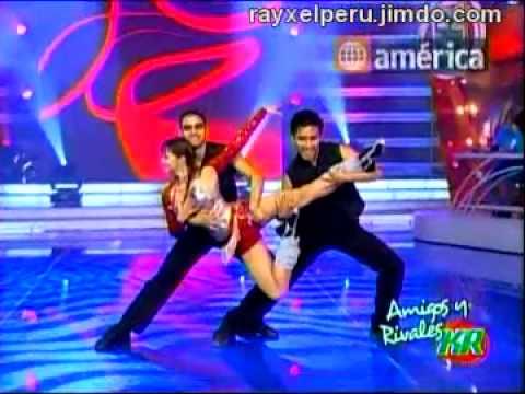 MARICIELO EFFIO Baila La Quebradita  AMIGOS Y RIVALES KR  16-08-2010