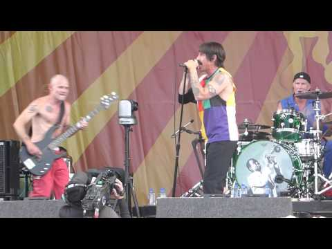 Red Hot Chili Peppers - Dani California (Jazz Fest 04.24.16) HD