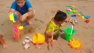 Trò Chơi Bé Đi Chơi Biển ❤ ChiChi ToysReview TV ❤ Đồ Chơi Trẻ Em Toys Baby Go To Sea Sand