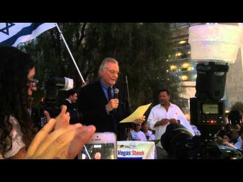 Jon Voight Slams Obama, Kerry At Pro-Israel Rally