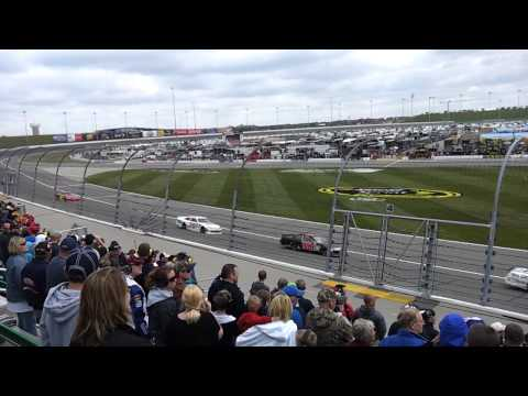 STP 400 at Kansas Speedway, Spring 2012 (The Start)