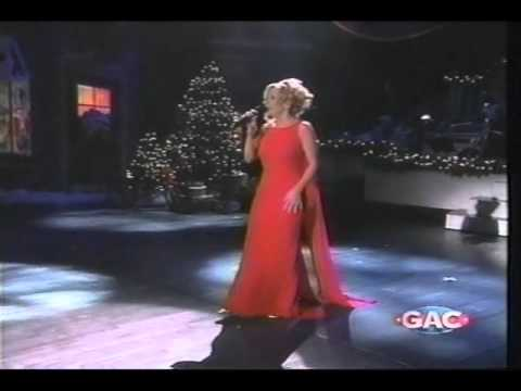 Lee Ann Womack - White Christmas