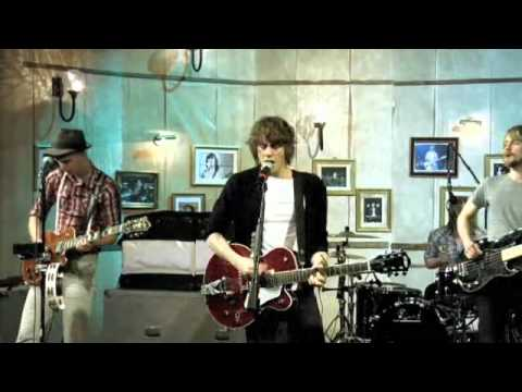 Razorlight live in Sesiones - Golden touch, Before I fall to pieces & Wire to wire (3/3)