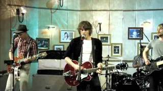 Watch Razorlight Before I Fall To Pieces video