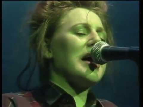 Cocteau Twins -  Wax and Wane (live, 1982 or 83)