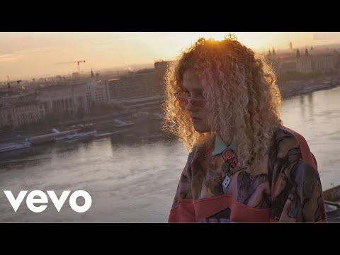 Végh Dóri x Letsgooo - Buliból Buliba (Official Music Video)