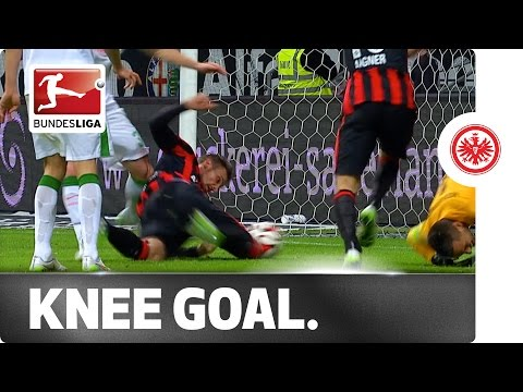 Knee-sy Does It! Seferovic's Incredible & Unusual Goal