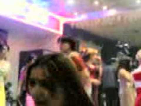 Karachi Girls In Dubai.3gp video