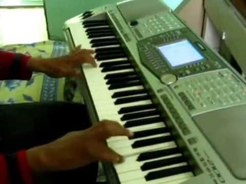 gulaabi ankhen jo dekhi teri on piano
