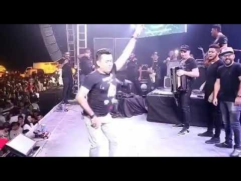 😂😂Solta a Pisadinha  Zé cantor e Banda Dançando thumbnail