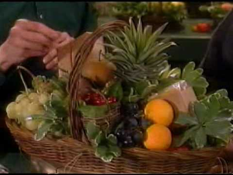Manhattan Fruitier Makes Fruit Basket On Martha Stewart Show video