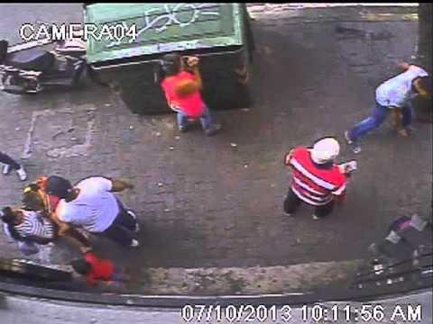 Robo en Caracas Av Baralt