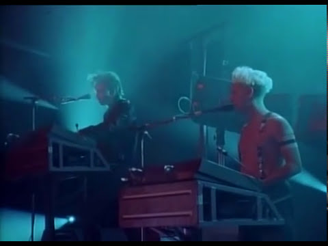 Depeche Mode - Everything Counts & Never Let Me Down Again... 1988