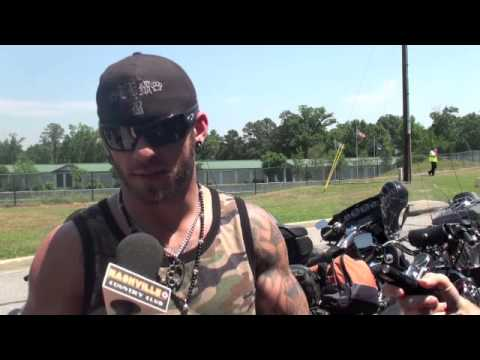 Brantley Gilbert on his Military Family Members