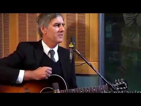 Robert Forster of the Go Betweens live in ABC Radio National studios