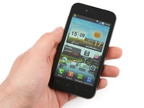 LG Optimus Black Review (2)