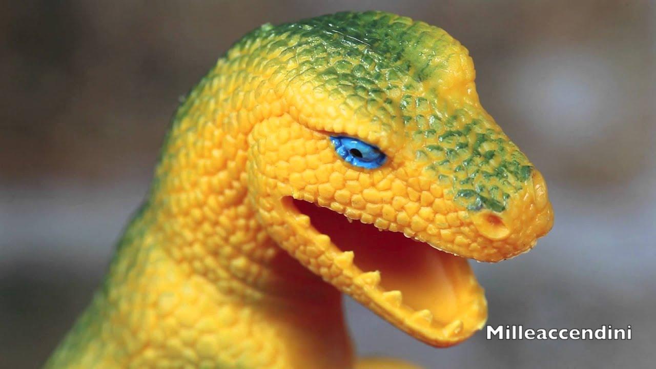 Tyrannosaurus Rex vs C...